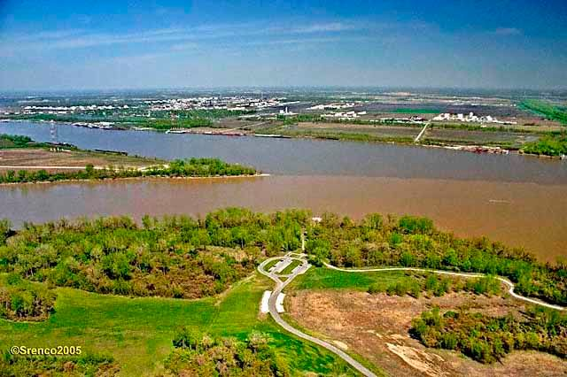 Confluence Mississippi Missouri River 2005